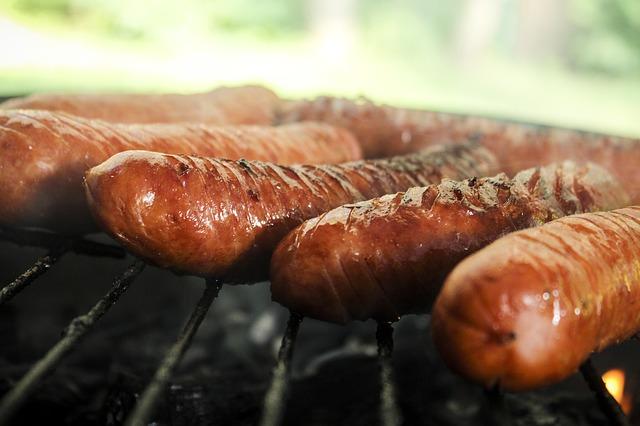 sausage-398599_640
