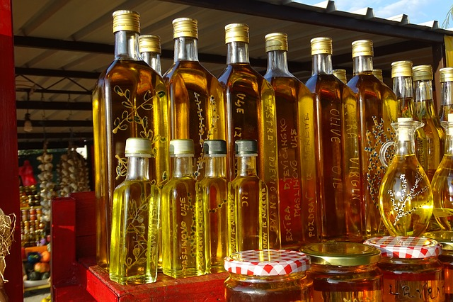 olive-oil-507136_640