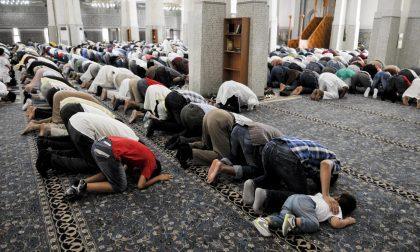 """Perché la Corte Costituzionale ha bocciato la """"legge anti-moschee"""""""