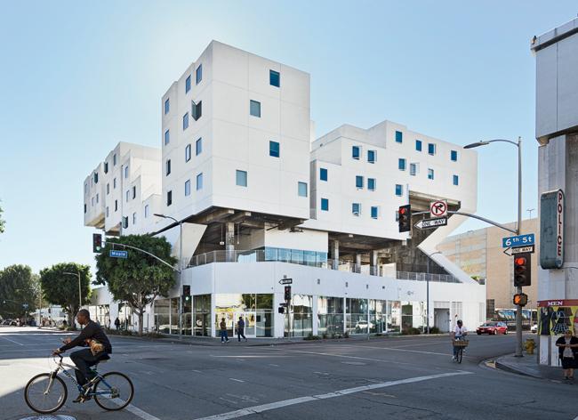 Star-Apartments-Michael-Maltzan-Architecture-1
