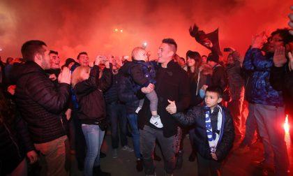 Redona: lacrime e fuochi d'artificio L'abbraccio dei tifosi al Tanque