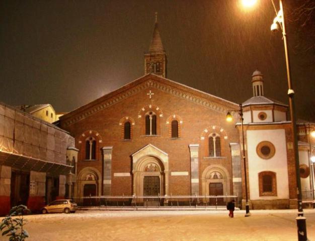 basilica_san_eustorgio_neve2006