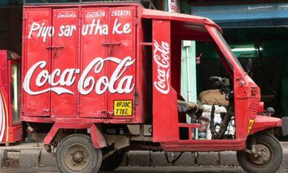 La Coca-Cola in ritirata dall'India Ovvero, stan vincendo i contadini