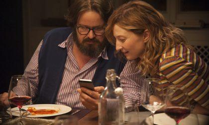 Il film da vedere nel weekend Perfetti sconosciuti, fiducia e segreti