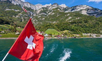 La Svizzera sì che pensa in grande C'è chi vuol dare 2.230 euro a tutti