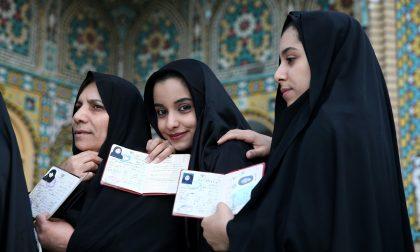 Iran, fretta di rinnovamento e fiducia ai riformisti di Rohani