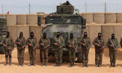 I 200 km di muro contro gli jihadisti lungo il confine tra Tunisia e Libia