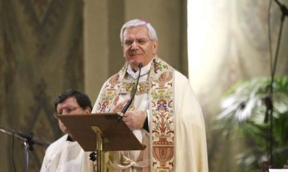 Il vescovo: «Sacerdoti, rinunciate a tre mensilità per aiutare i poveri»