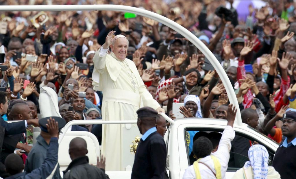 Prima messa di Papa Francesco in Africa