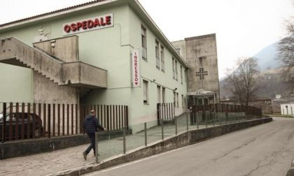 Ospedale di San Giovanni Bianco, l'attacco dei sindaci: «Più servizi o denunciamo l'Asst»