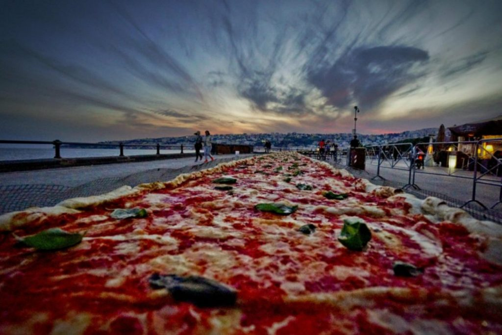 pizza-guinness-world-record-1300x867