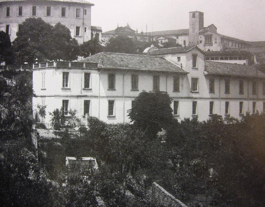 2.-I-due-fabbricati-dellex-Collegio-Baroni-nel-1930