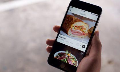 Cibo consegnato a domicilio in taxi Il servizio Uber Eats presto in Italia