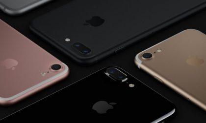 Tutte le novità dell'iPhone 7 (che da domani si può comprare)