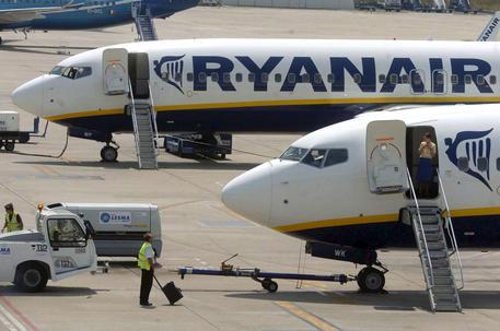 Ryanair raises full-year profit forecast