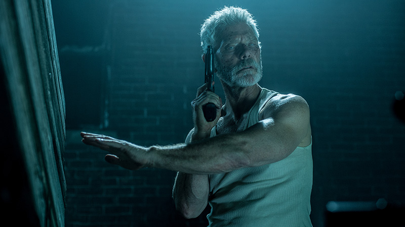 stephen-lang-man-in-the-dark