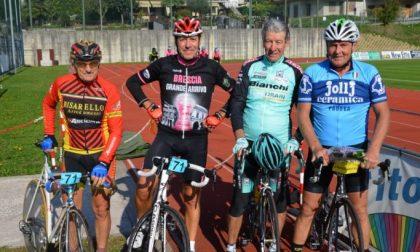 Pedalando coi campioni a Casazza Beneficenza coi grandi della bici