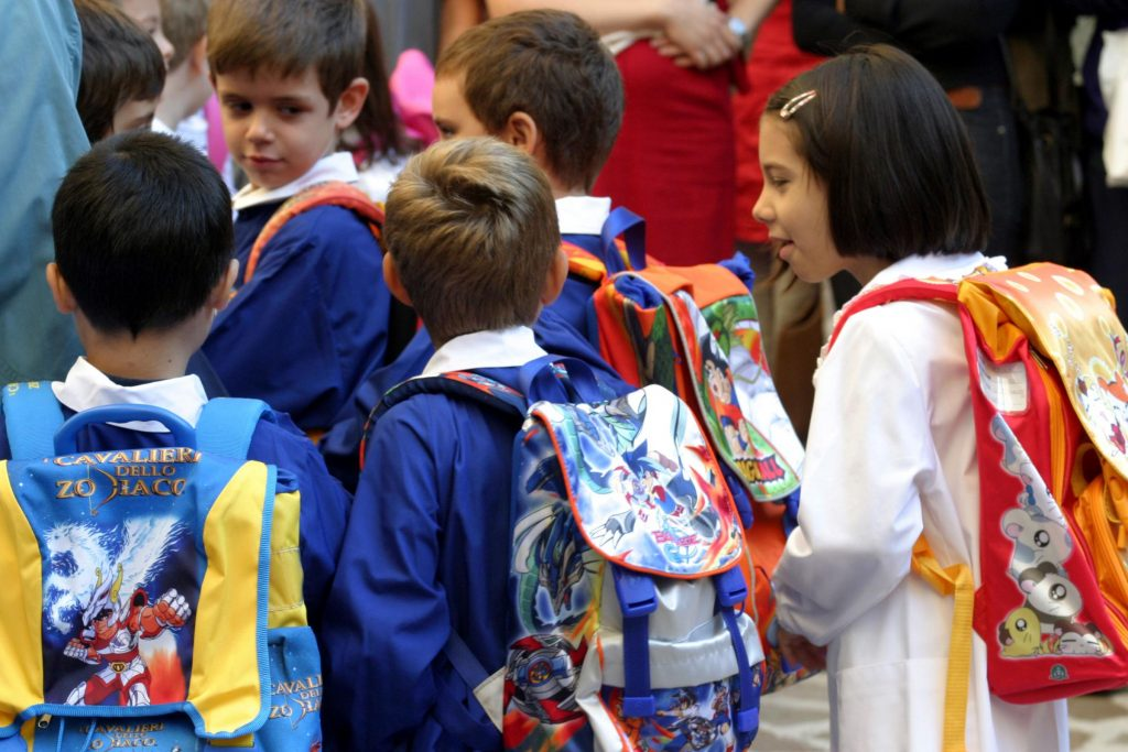 scuola-bambini-zaino