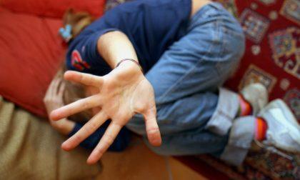Allarme maltrattamenti bambini in famiglia: la denuncia della Fondazione Cesvi