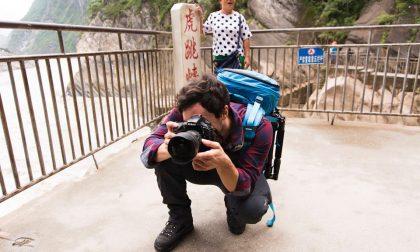 Daniele, il giovane fotografo di Almè premiato da McCurry in persona