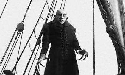 Un vampiro bergamasco a New York L'ombra di Mastrovito su NYsferatu