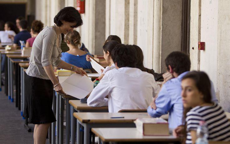 esame_di_maturita_scuola_prova_scritta