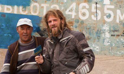 Il fotografo che viaggia verso est Dal Villaggio degli Sposi all'Asia
