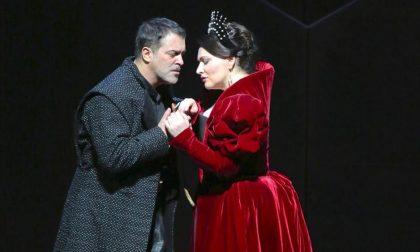 """L'Anna Bolena alla """"bergamasca"""" raccoglie solo fischi alla Scala"""