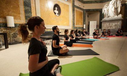 Yoga e fitness tra Carrara e Gamec in 200 splendide foto (e un video)