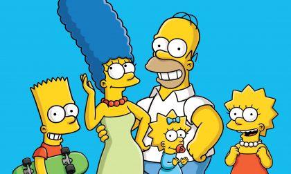 10 momenti fashion dei Simpson oggi che compiono trent'anni