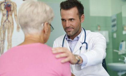 «Dottore la prego mi faccia operare» (Ma vuole solo stare via da casa)