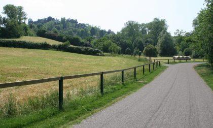 Ciclabile lungo un corridoio verde dalla Madonna dei Campi ad Astino