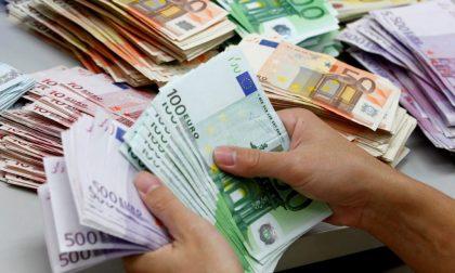 Trova ventimila euro al bancomat Quarantenne chiama i carabinieri