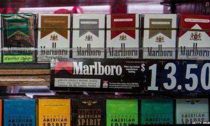 A New York vietato fumare ovunque e un pacchetto costerà 13 dollari