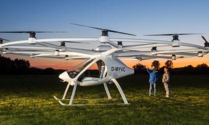 Dubai, il primo volo del taxi drone che rivoluzionerà i trasporti