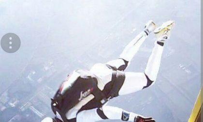 Simone Bonfanti è un uomo falco Primato italiano di velocità nei cieli