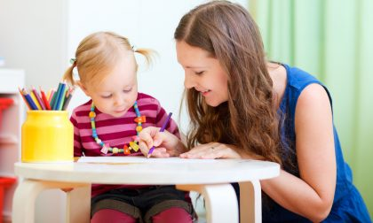 Sempre più studentesse baby-sitter Un lavoro che piace e fa guadagnare