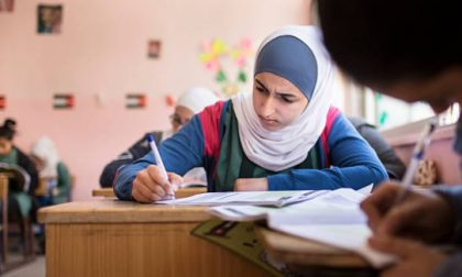 Le studentesse dei Paesi arabi sono molto più brave dei maschi