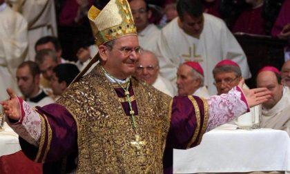 A Natale? Il vescovo suona mentre Rossi mangia la pecora