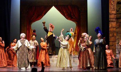 La danza delle libellule per l'uomo Operetta, leggerezza ma di qualità