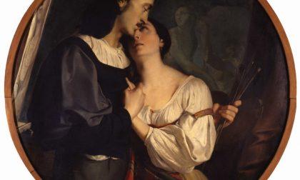 San Valentino romantico in MoBike con baci tra i capolavori di Raffaello