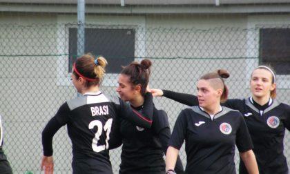 C'è un gruppo di ragazze che vola L'Orobica Calcio batte pure il Milan