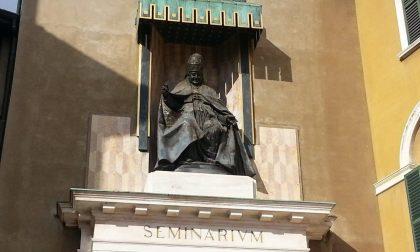 Quando la statua di Papa Giovanni tornò a benedire la sua gente