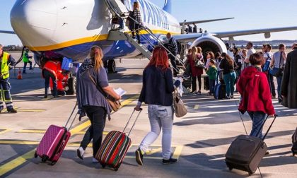 C'era una volta il bagaglio gratis Ryanair, ora pagano pure i trolley