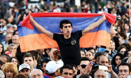 Cosa sta succedendo in Armenia Una giovane rivoluzione di velluto