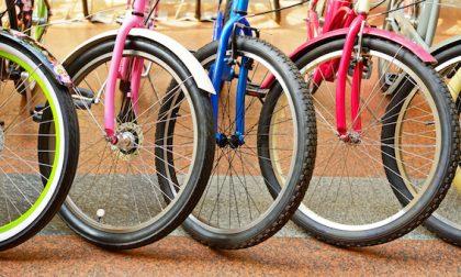 A Bergamo hanno preso d'assalto i negozi di biciclette: esaurite tutte le scorte