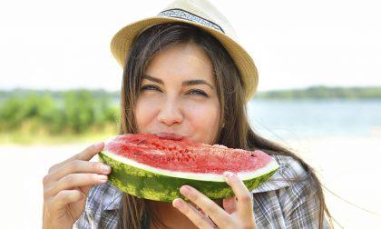 Lasciate perdere le diete ad agosto (scegliete però cibi buoni e light)