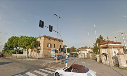 Dalmine, quel semaforo killer «In fumo 18 punti e 390 euro»