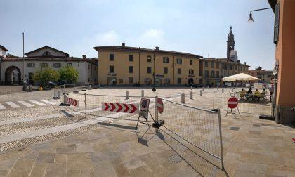 Stezzano, la nuova piazza piace «ma i lavori stanno durando troppo»