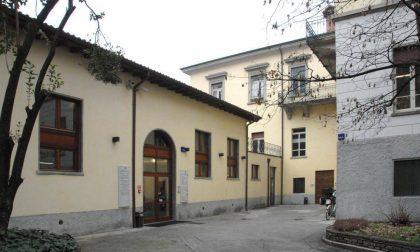 """Tra """"sfratti e schiaffi"""", Bergamo sta maltrattando la scuola"""